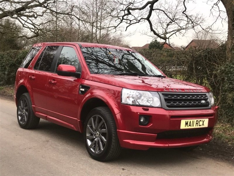 used Land Rover Freelander SD4 SPORT LE   SAT NAV + 19