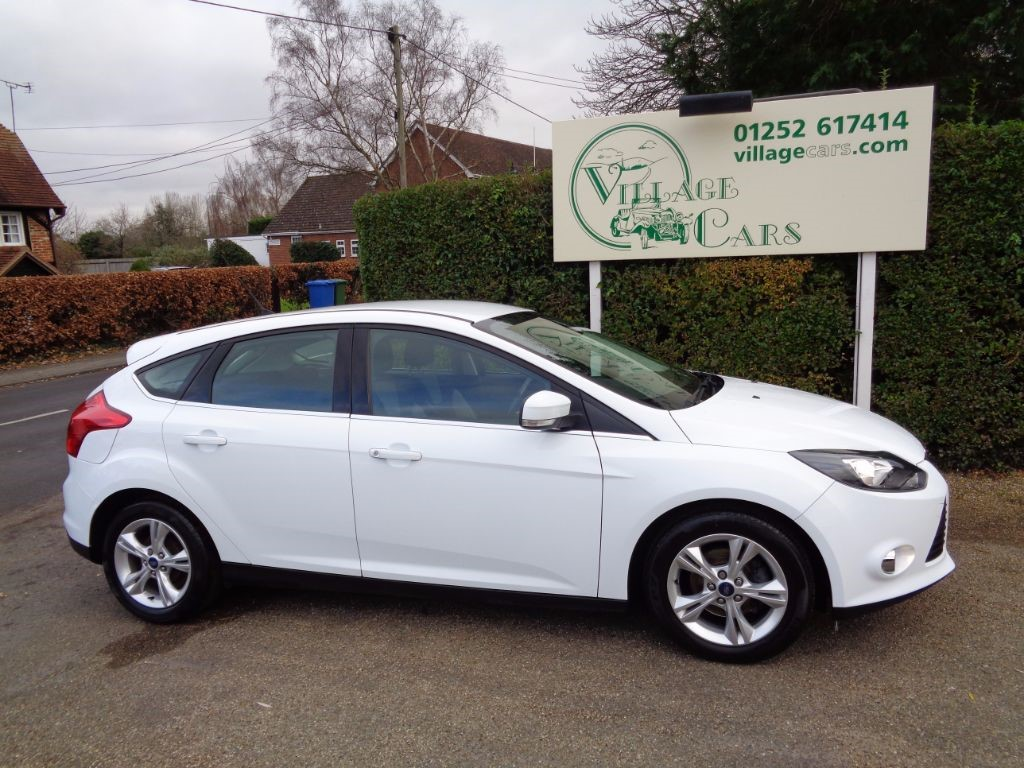used Ford Focus ZETEC ECONETIC TDCI ZERO TAX FULL FORD HISTORY CRUISE BLUETOOTH in fleet