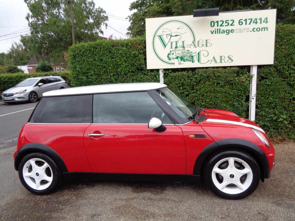 used MINI Hatch COOPER LOW MILAGE FULL HISTORY HALF LEATHER in fleet