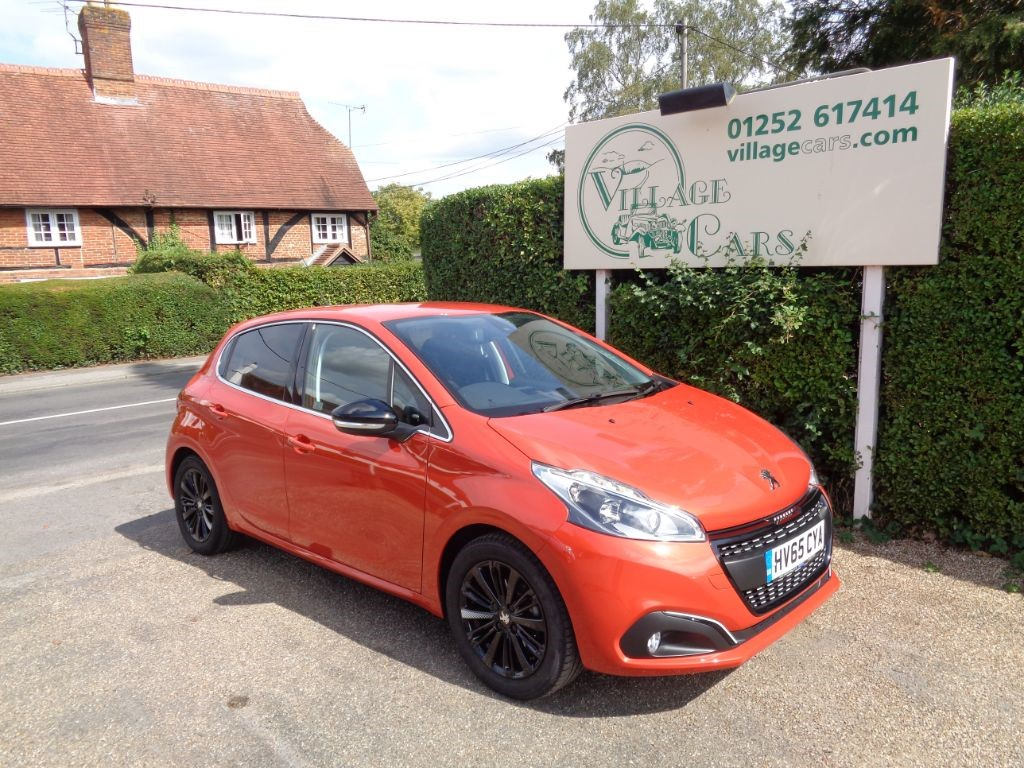 used Peugeot 208 ALLURE ONE OWNER £20 TAX FULL HISTORY AIR CON CRUISE BLUETOOTH REAR SENSORS in fleet