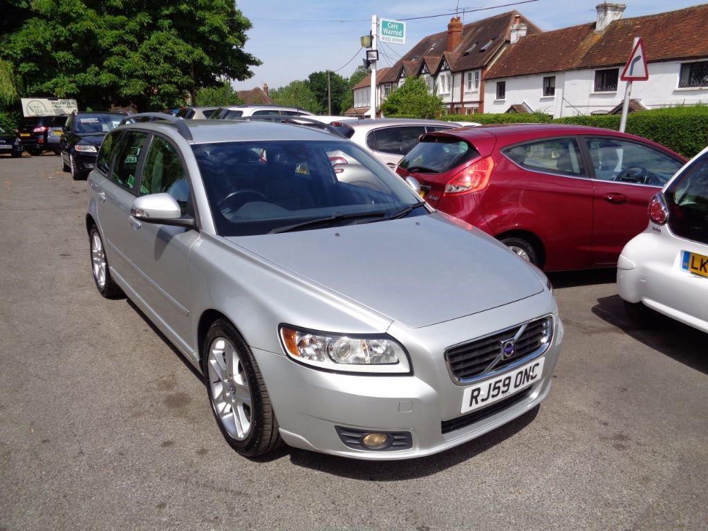 used Volvo V50 D SE FULL LEATHER CRUISE & BLUETOOTH in fleet