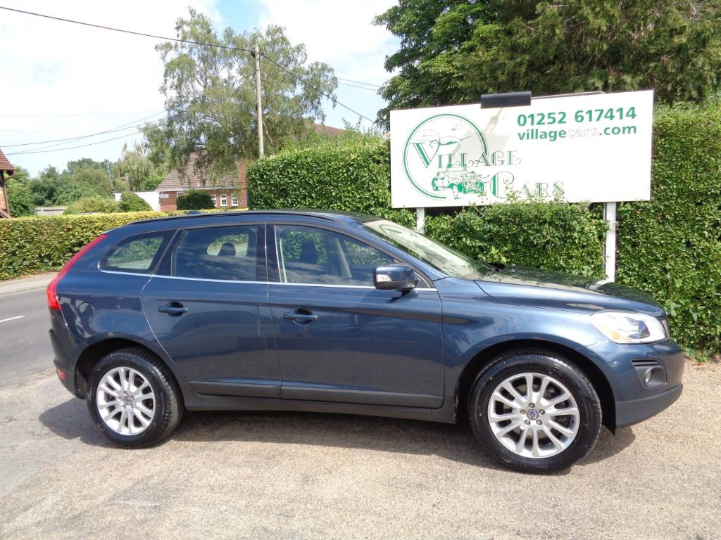used Volvo XC60 SE D DRIVE FULL VOLVO HISTORY HEATED SEATS CRUISE REVERSE SENSORS in fleet