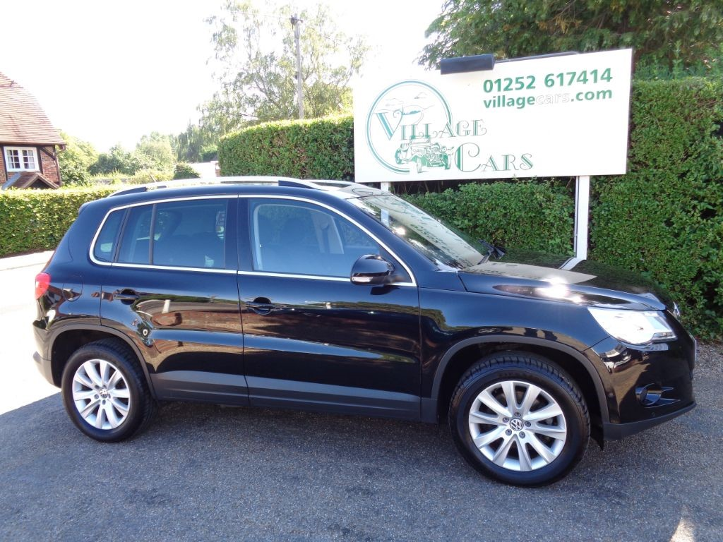 used VW Tiguan MATCH TSI BLUEMOTION TECHNOLOGY FULL HISTORY PARKING SENSORS PAN ROOF in fleet