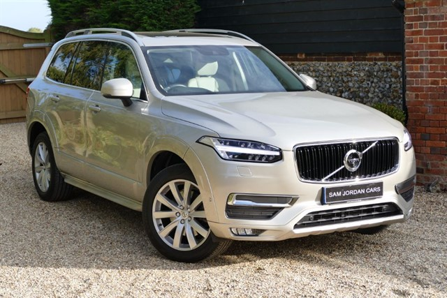 used Volvo XC90 D5 MOMENTUM AWD XENIUM PACK in bury-st-edmunds-suffolk