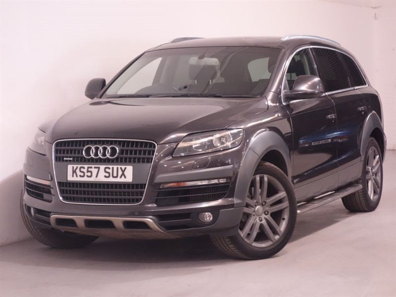 used Audi Q7 TDI QUATTRO LIMITED EDITION - BOSE SOUND - REVERSE CAMERA - BLUETOOTH in surrey