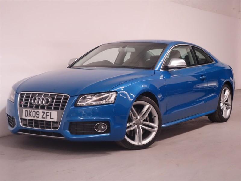 used Audi S5 S5 FSI QUATTRO - SATNAV - PARKING SENSORS - BOSE SOUND - XENONS - BLUETOOTH in surrey