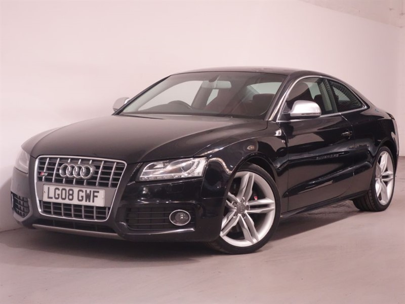 used Audi S5 S5 V8 QUATTRO - SAT NAV - RED LEATHER - BLUETOOTH in surrey