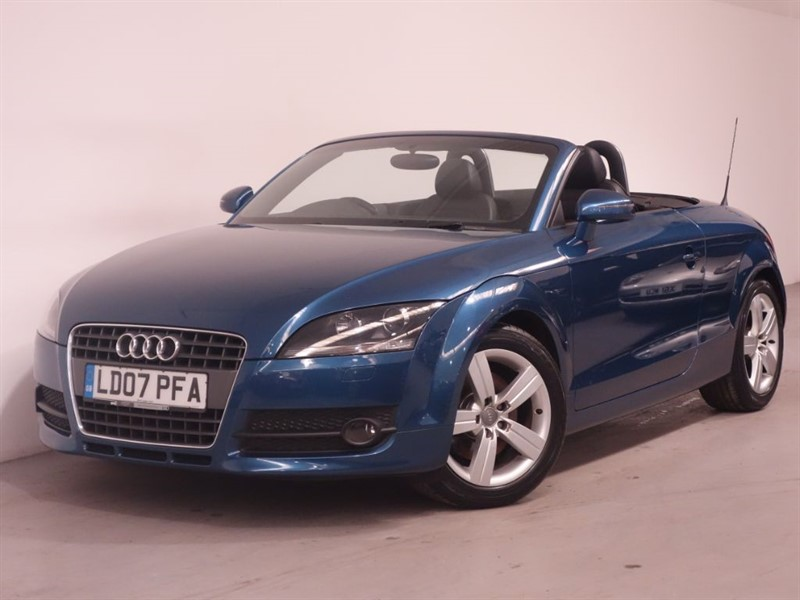 used Audi TT TFSI - 200BHP-LOW MILEAGE-ONE FORMER KEEPER-FSH in surrey