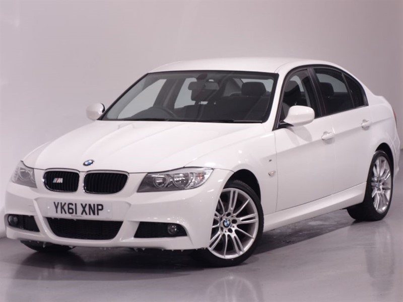 used BMW 318d PERFORMANCE EDITION - BLUETOOTH TECHNOLOGY - MSPORT KIT - £30 TAX in surrey