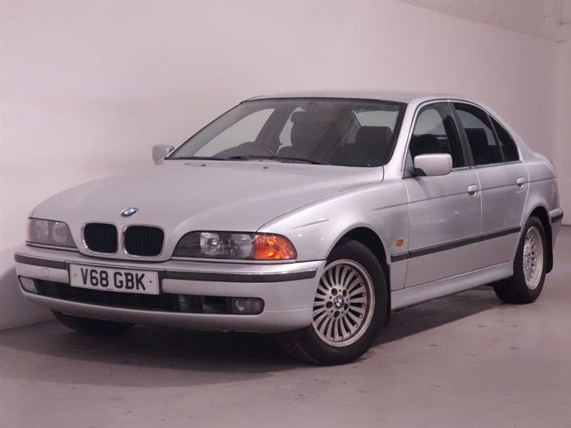 used BMW 523i SE - FULL LEATHER - 2 OWNERS FROM NEW - CRUISE CONTROL in surrey