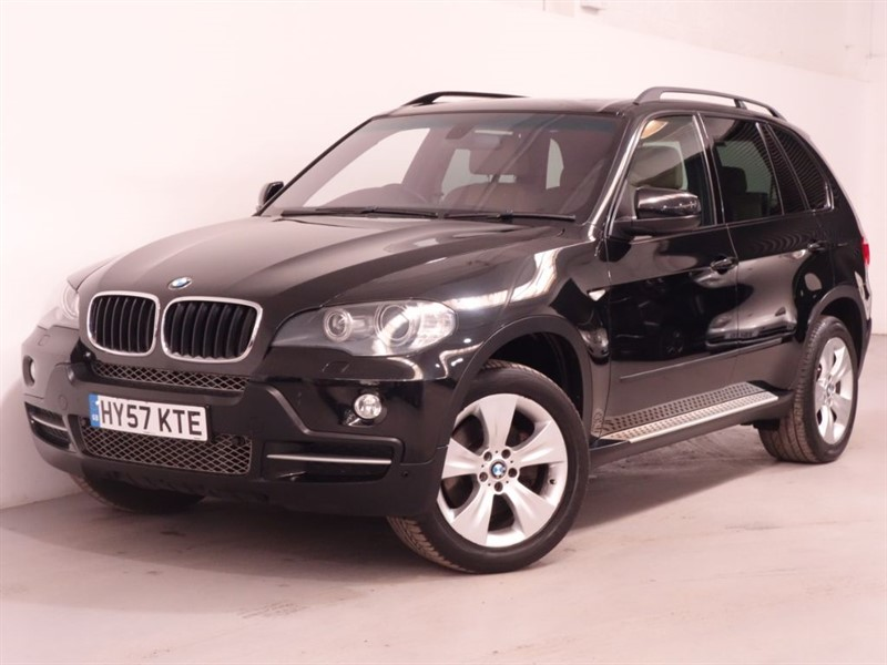 used BMW X5 D SE 7STR - STUNNING EXAMPLE - PAN ROOF - FULL LEATHER - TOP SPEC in surrey
