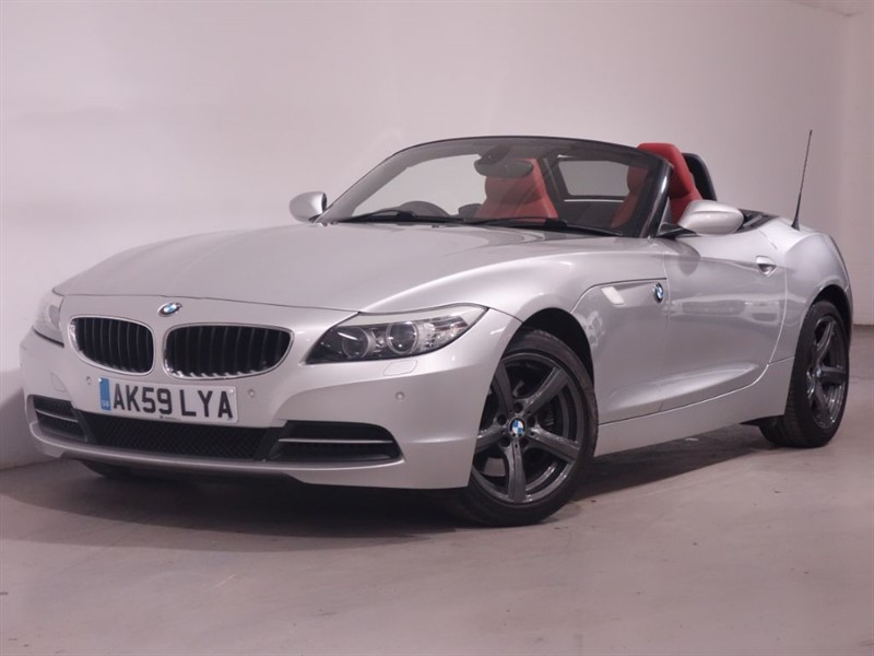 used BMW Z4 SDRIVE30I ROADSTER in surrey