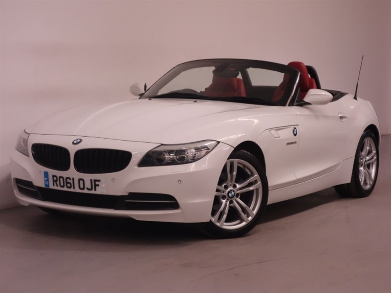 used BMW Z4 SDRIVE23I HIGHLINE EDITION - BLUETOOTH - LEATHER - LOW MILES  in surrey