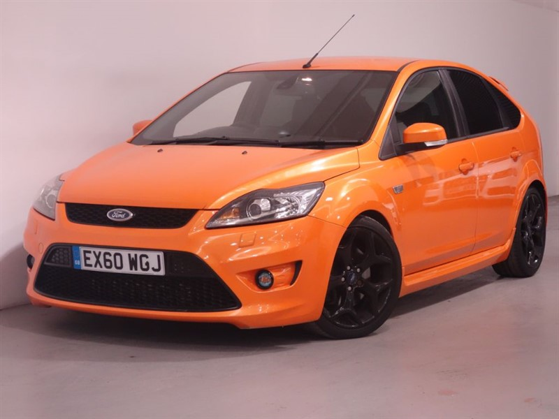 used Ford Focus ST-3-SAT NAV-REVERSE CAMERA-RECARO LEATHER in surrey