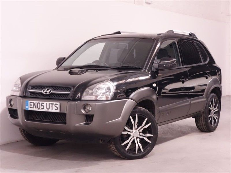 used Hyundai Tucson CDX V6 4WD - FULL LEATHER - SUNROOF - HEATED SEATS - AUTO - AIRCON - FSH in surrey
