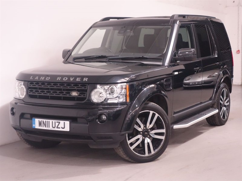used Land Rover Discovery 4 SDV6 LANDMARK LE-7 SEATER-SATNAV-DAB-LEATHER-LANDROVER SERVICE-1 FORMER K in surrey