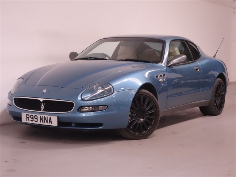 used Maserati Coupe V8 CAMBIO CORSA - STUNNING EXAMPLE - LOW MILES - LEATHER - FULL SERVICE  in surrey