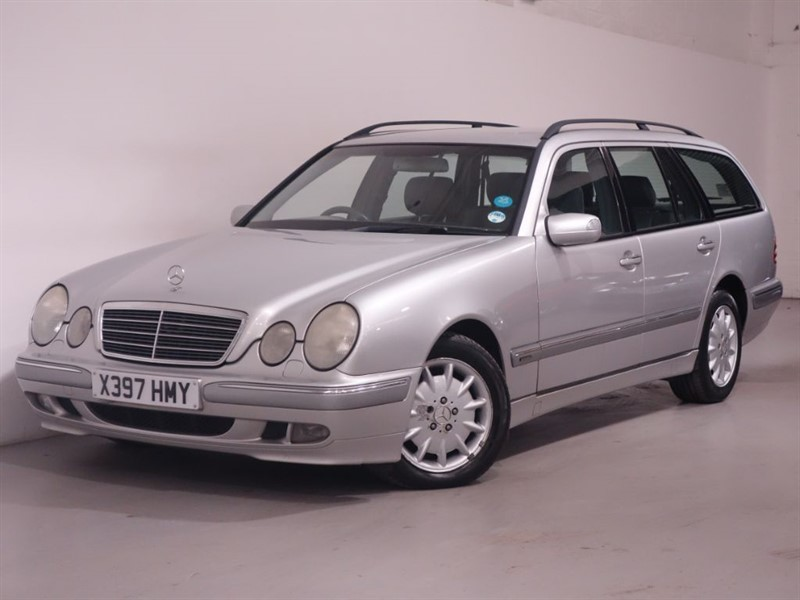 used Mercedes E200 KOMPRESSOR ELEGANCE - PX TO CLEAR in surrey
