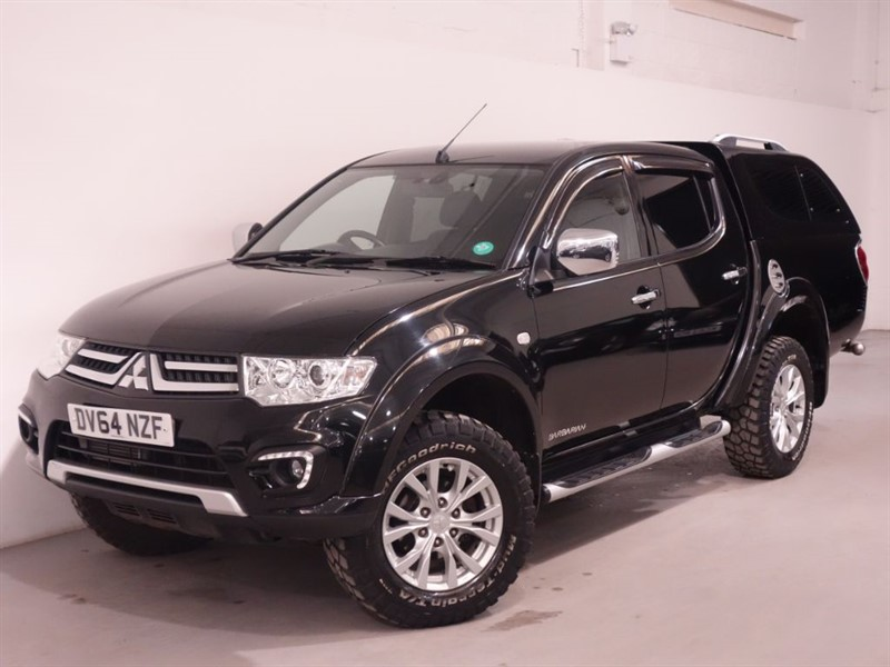 used Mitsubishi L200 DI-D 4X4 BARBARIAN LB DCB - NO VAT - BLUETOOTH - REVERSE CAMERA - LEATHER in surrey