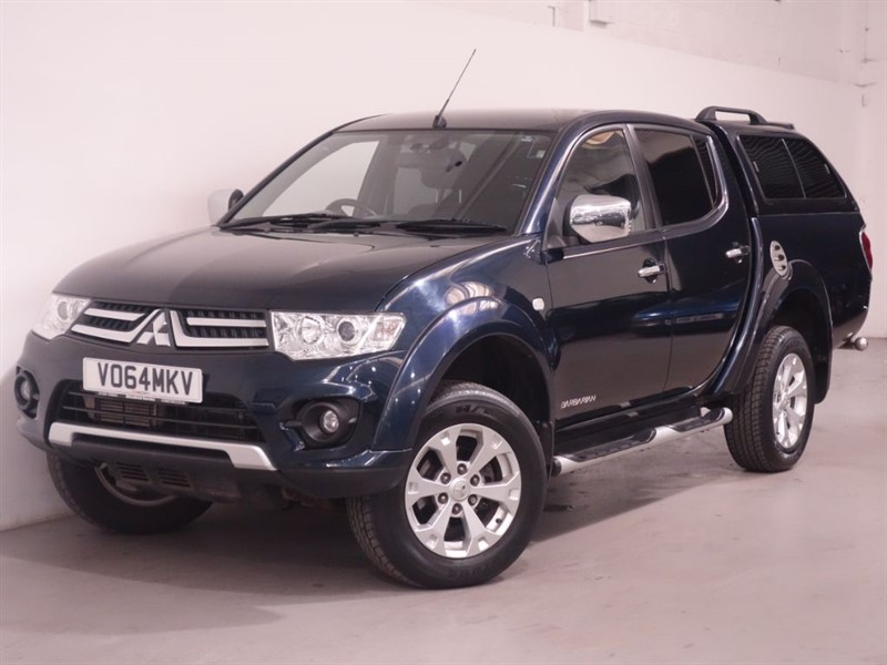 used Mitsubishi L200 DI-D 4X4 BARBARIAN LB DCB - NO VAT - SAT NAV - REV CAMERA - BLUETOOTH  in surrey