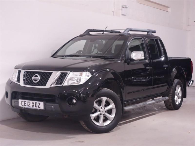 used Nissan Navara NAVARA DCI TEKNA 4X4 SHR DCB - NO VAT - REVERSING CAMERA - BLUETOOTH  in surrey