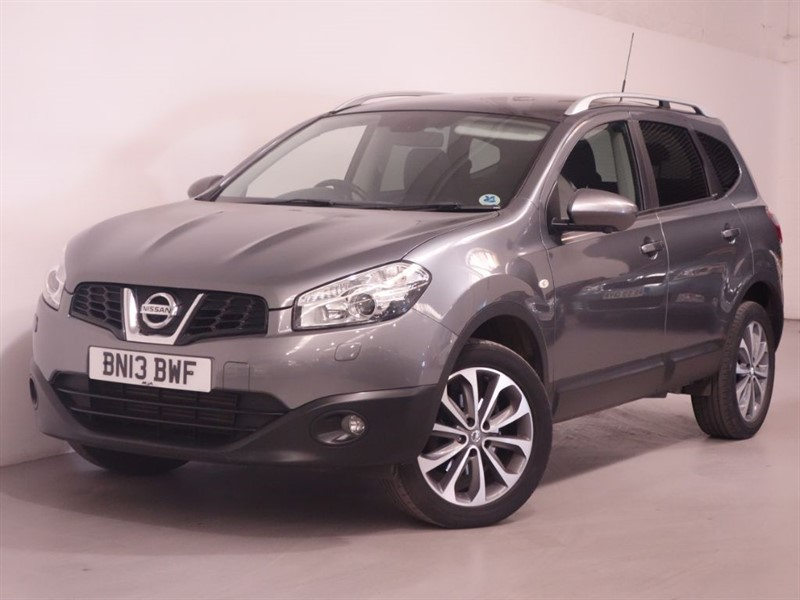 used Nissan Qashqai DCI TEKNA PLUS 2 - TOP SPEC - LOW MILES - PAN ROOF - BLUETOOTH - SAT NAV in surrey