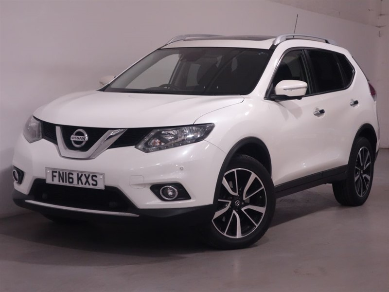 used Nissan X-Trail DCI N-TEC XTRONIC - 7 SEATS - SAT NAV - REV CAMERA - BLUETOOTH - PAN ROOF in surrey