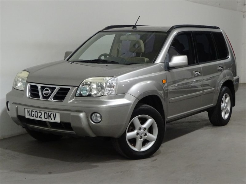 used Nissan X-Trail SE PLUS in surrey
