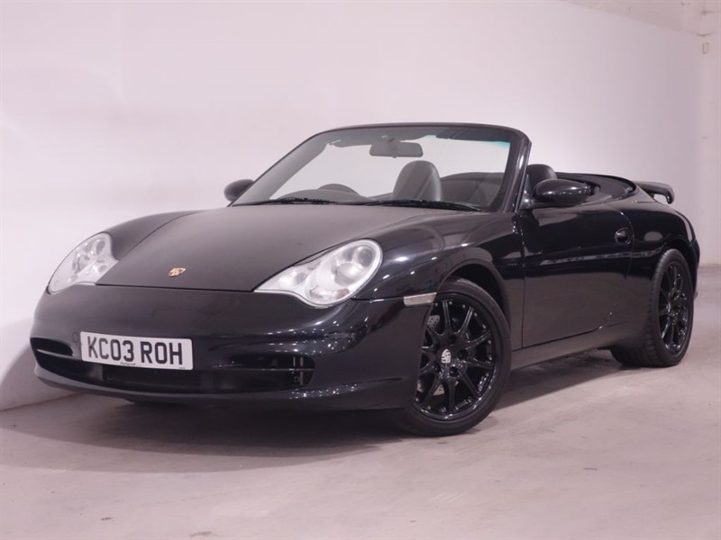 used Porsche 911 CARRERA 2 TIPTRONIC S - SAT NAV - HEATED SEATS - UNMARKED LEATHER -  in surrey