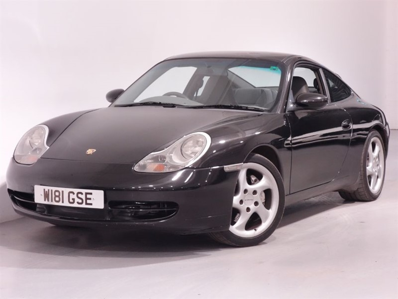 used Porsche 911 CARRERA 4 - LEATHER INTERIOR - STUNNING EXAMPLE   in surrey