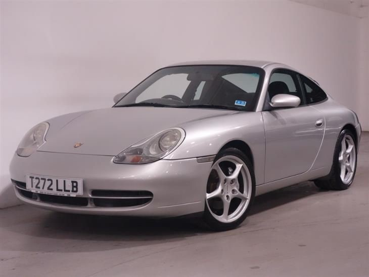 used Porsche 911 CARRERA 4 TIPTRONIC S -  LEATHER INTERIOR - SUNROOF - STUNNING EXAMPLE  in surrey