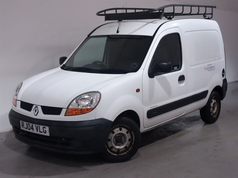 used Renault Kangoo SL 19 DCI 80 SWB-PANNELLED-CENTRAL LOCKING-ROOF RACK in surrey