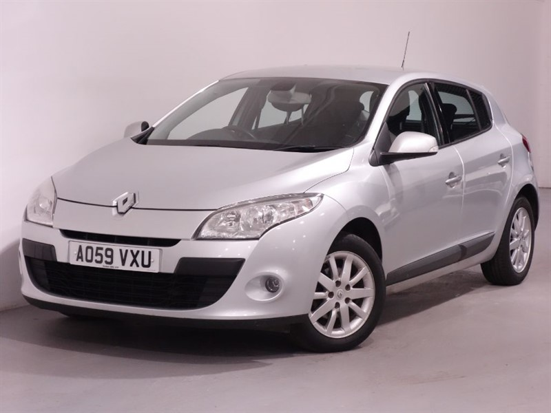 used Renault Megane PRIVILEGE - 1 OWNER - BLUETOOTH - LEATHER in surrey