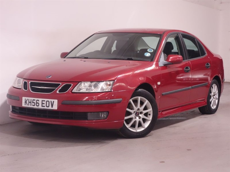 used Saab 9-3 DT LINEAR SPORT - HALF LEATHER - BLUETOOTH - PARKING SENSORS in surrey