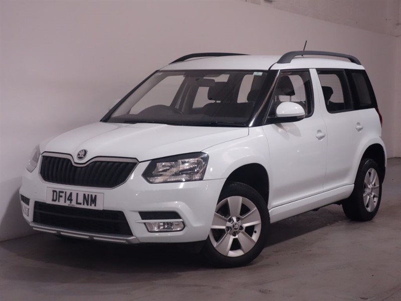 used Skoda Yeti S TSI - ONLY DONE A WARRANTED 13K MILES - 52 MPG SUPER EFFICIENT in surrey