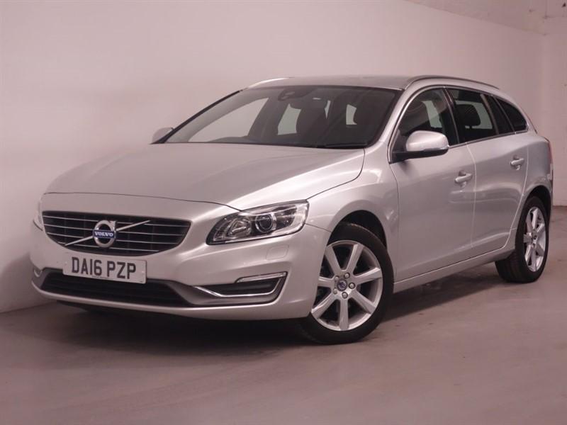 used Volvo V60 D4 SE LUX NAV - SAT NAV - ULTRA LOW MILES - PARKING SENSORS - BLUETOOTH in surrey