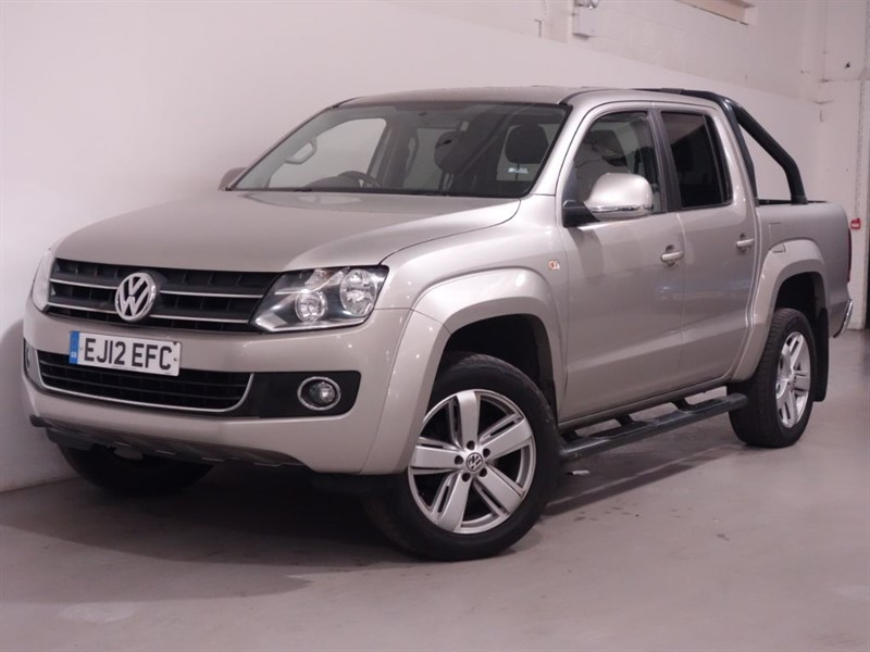 used VW Amarok DC TDI HIGHLINE 4MOTION - NO VAT -  in surrey