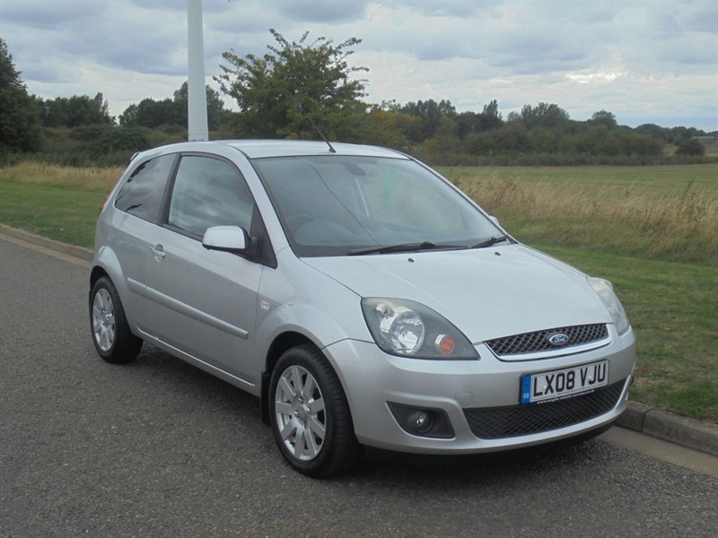 used Ford Fiesta ZETEC CLIMATE 16V in march-cambridgeshire