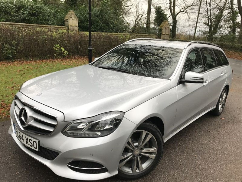 used Mercedes E220 BLUETEC SE COMAND SAT NAV in lyme-regis-dorset