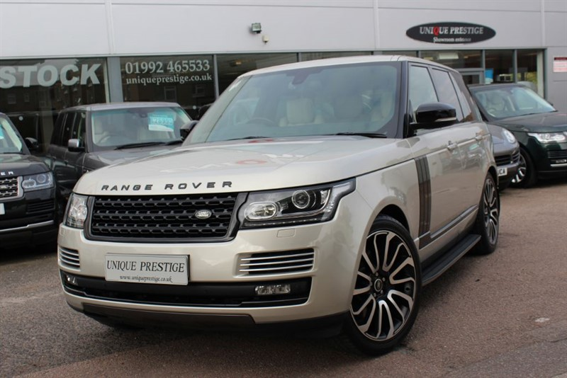 used Land Rover Range Rover SDV8 VOGUE SE in hertfordshire