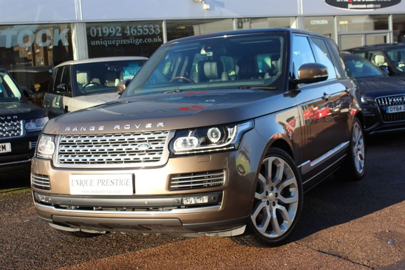 used Land Rover Range Rover SDV8 AUTOBIOGRAPHY in hertfordshire