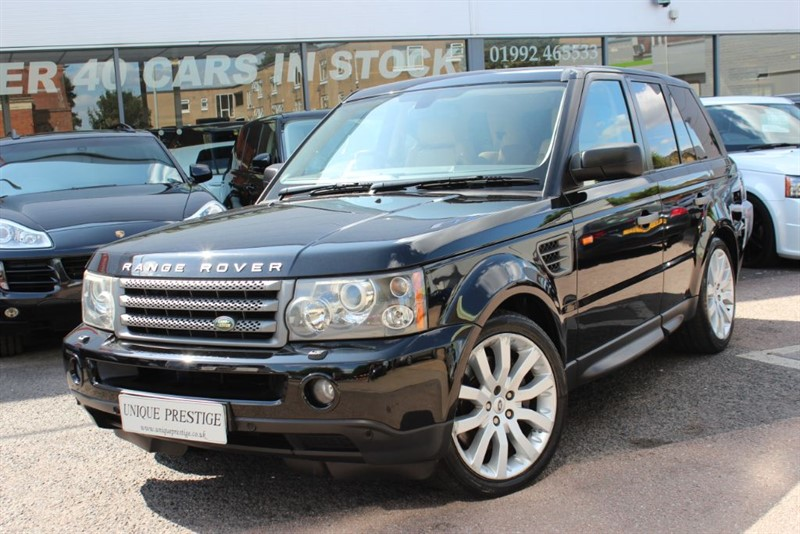 used Land Rover Range Rover Sport TDV6 HSE - LOW MILES -  in hertfordshire