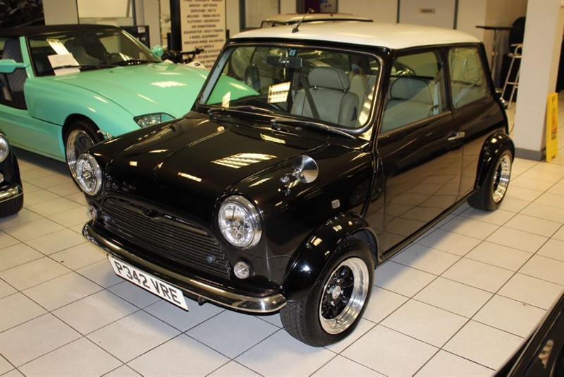 used Rover Mini cooper 1.3i - MUST SEE -  in hertfordshire