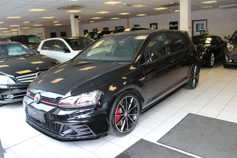 used VW Golf 2.0 TSI GTI Clubsport 40 5dr DSG in hertfordshire