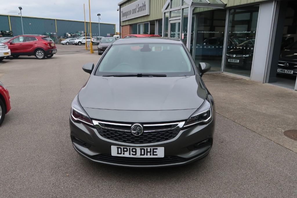 Used Cosmic Grey metallic Vauxhall Astra For Sale ...
