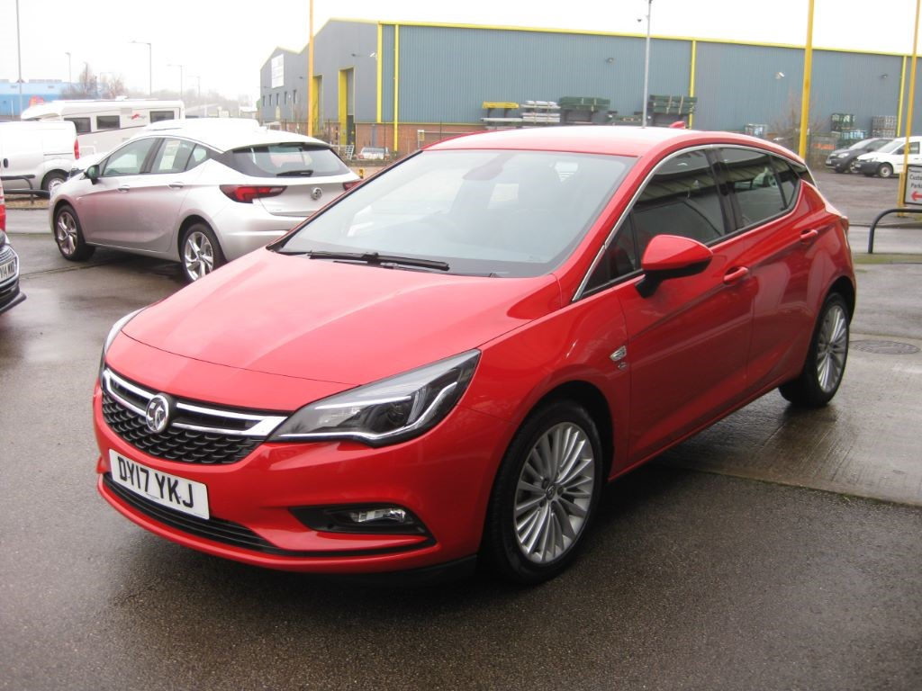used lava red vauxhall astra for sale lincolnshire. Black Bedroom Furniture Sets. Home Design Ideas