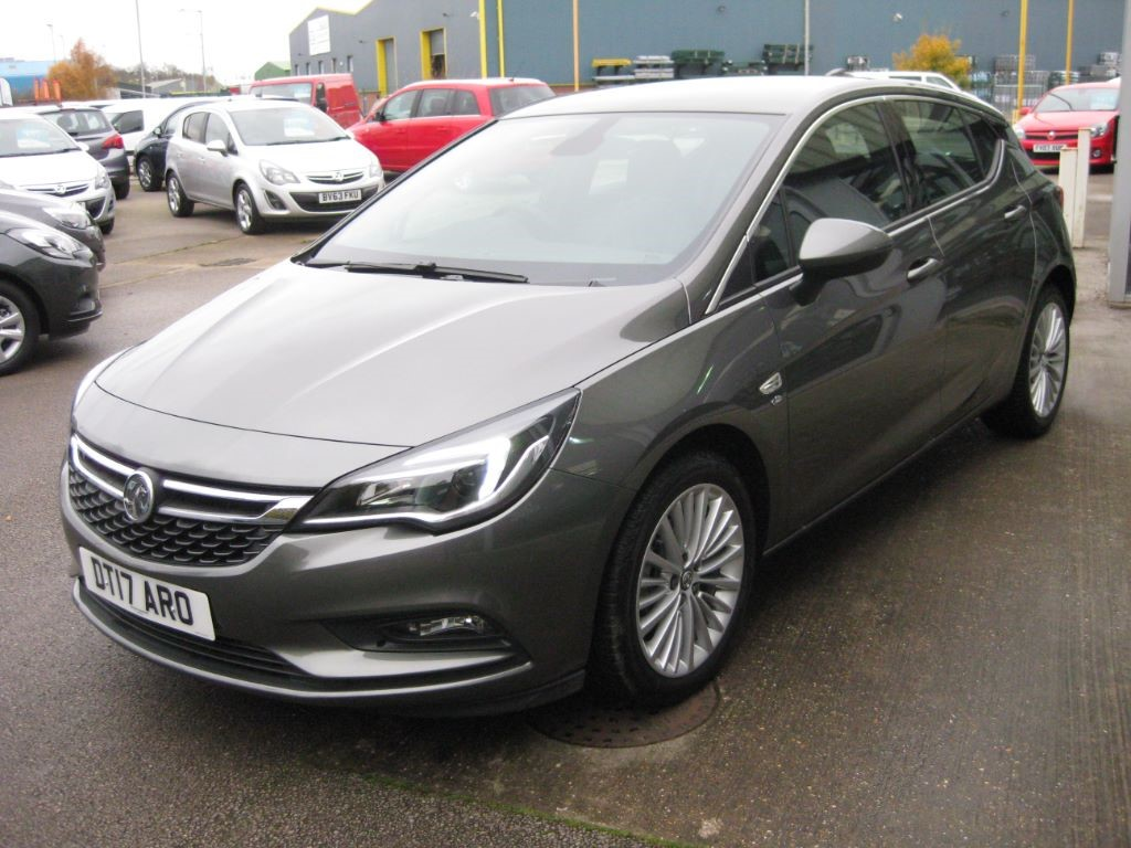 used cosmic grey metallic vauxhall astra for sale lincolnshire. Black Bedroom Furniture Sets. Home Design Ideas