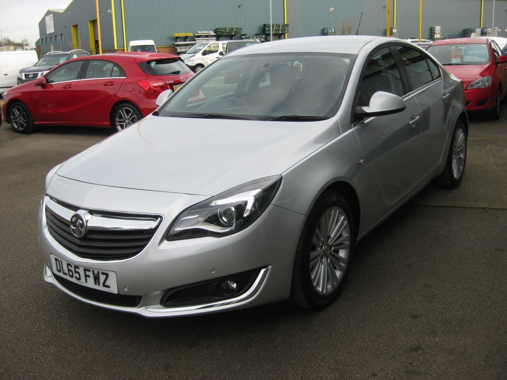 Used Sovereign Silver Metallic Vauxhall Insignia For Sale