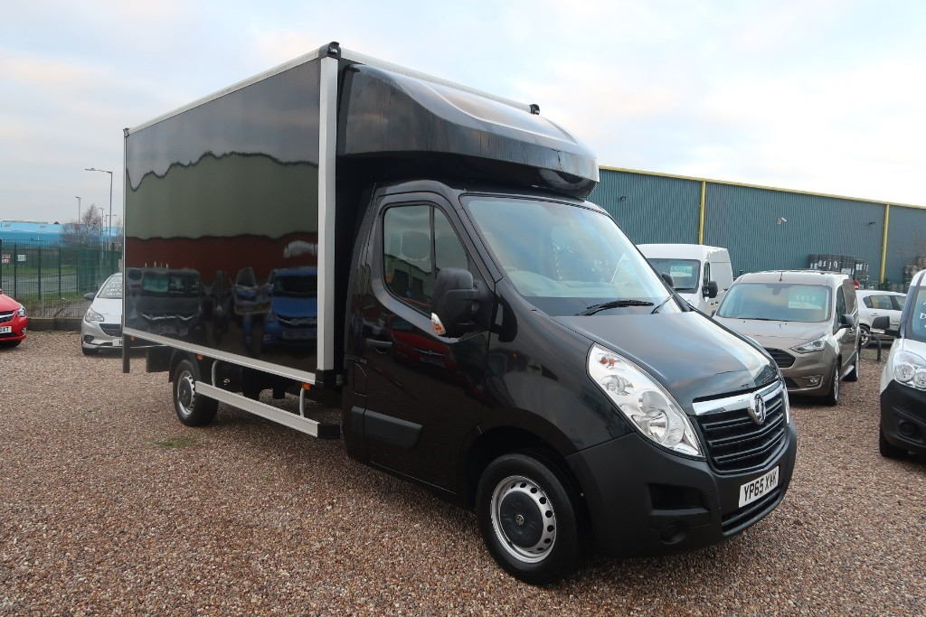 Used Black Sapphire metallic Vauxhall Movano For Sale