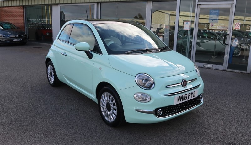 used Fiat 500 Lounge 1.2 (69PS) Start Stop 3dr ONLY 3000 MILES!! in louth
